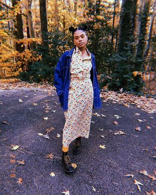 practicing listening to my heart & not my head 🧡 2 piece from @rumorsboutique for $10 . denim jacket also #thrifted . . . . . #thriftedfashion #thanksgiving #gratitude #thankful #olivechels #naturalhair #thrifty #fallfashion