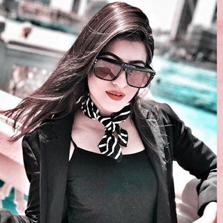 Anna Khan